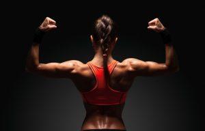 Ejercicio con pesas y su concepto negativo en la mujer