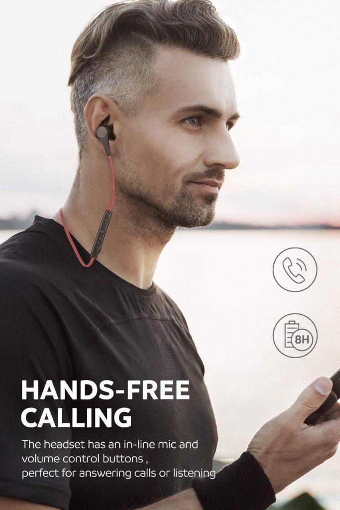 Auriculares inalámbricos SoundPeats para hacer ejercicio de una forma cómoda