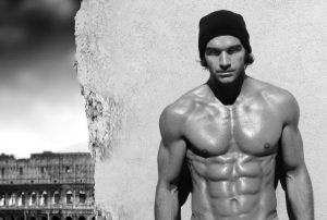 Entrenamiento en gimnasio. Respuestas hormonales al ejercicio de hipertrofia y potencia.